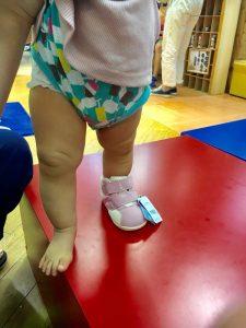 測定会 赤ちゃん 女の子 初めての靴